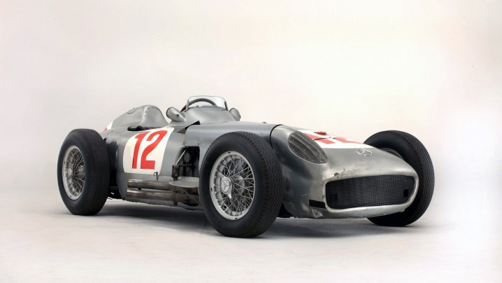 1954-Mercedes-Benz-W196R-Silver-Arrow